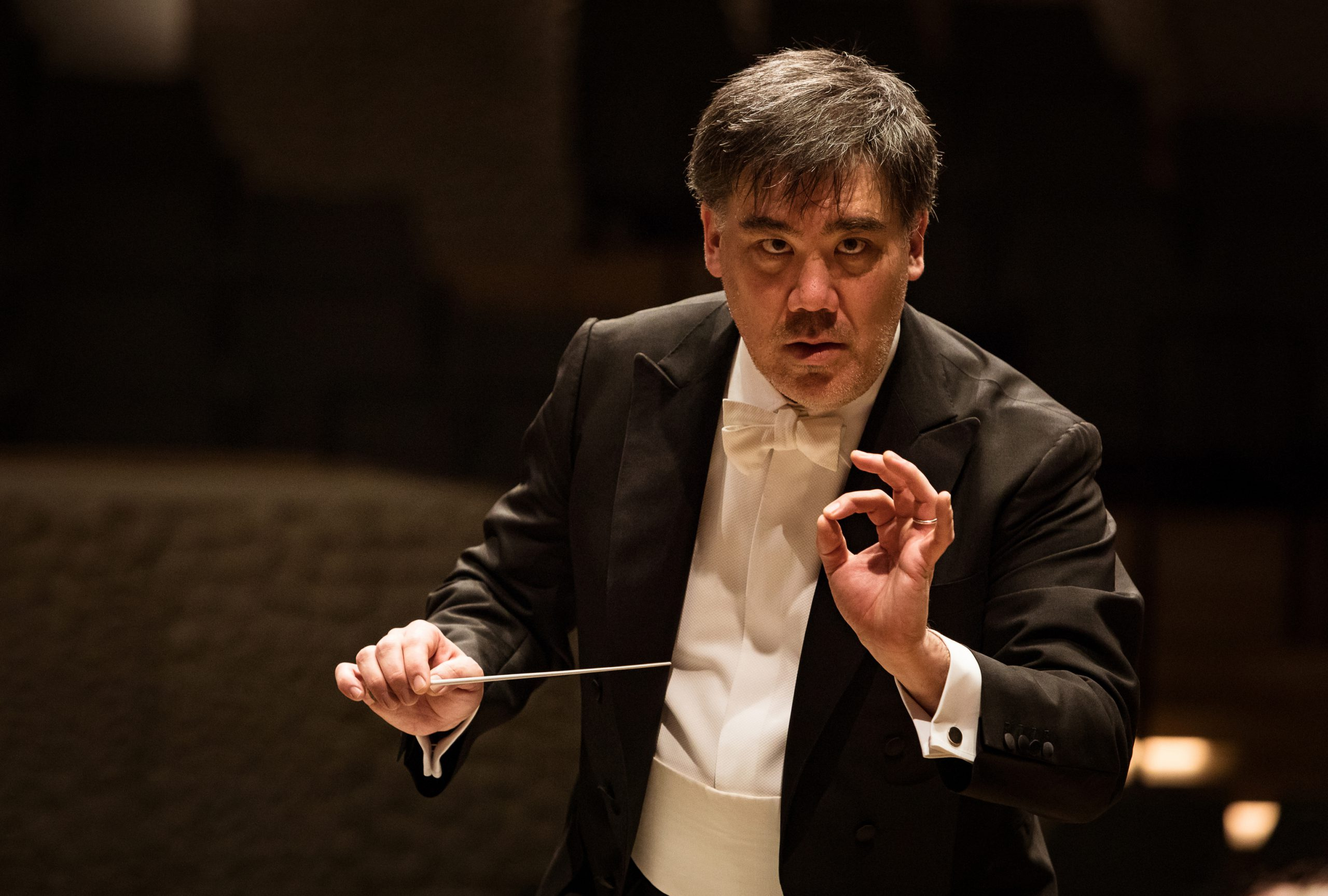Alan Gilbert conducting the NDR-Elbphilharmonieorchester @ Elbph